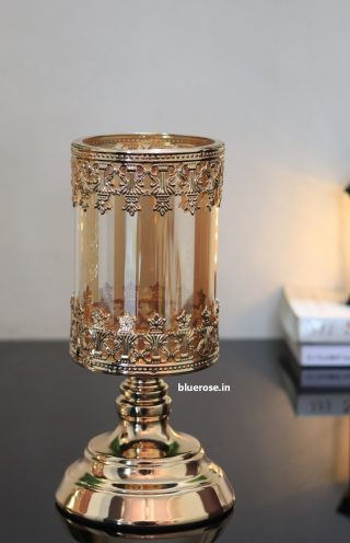 Golden Candle stand (1)