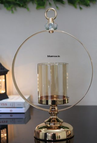 gold candle stand with crown ring (1)