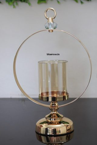gold candle stand with crown ring (2)